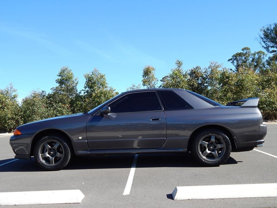 Gun Metal Grey 1993 Nissan Skyline GTR