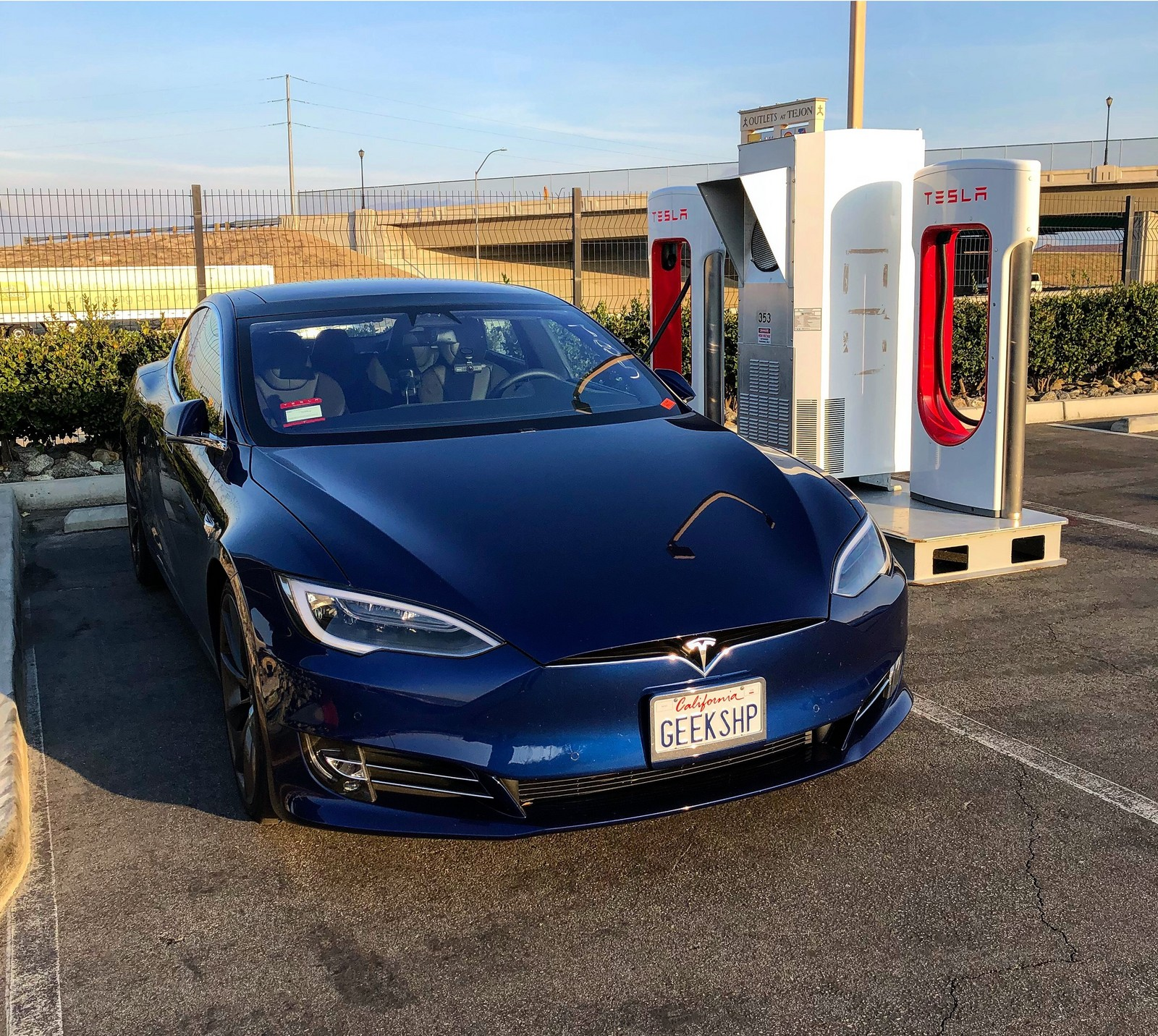 Tesla Model S 75d >> Stock 2017 Tesla Model S 75d Uncorked 1 4 Mile Trap Speeds 0 60