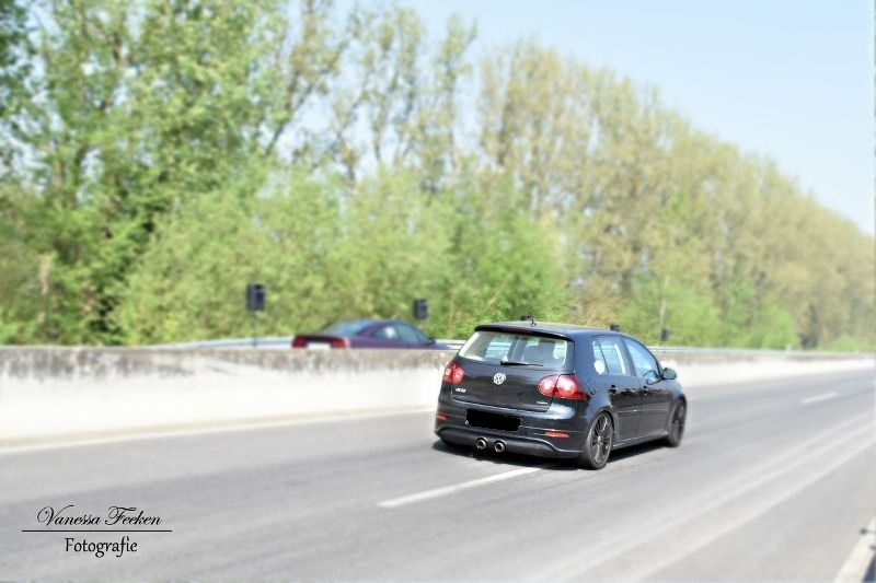 2006 Volkswagen Golf R32