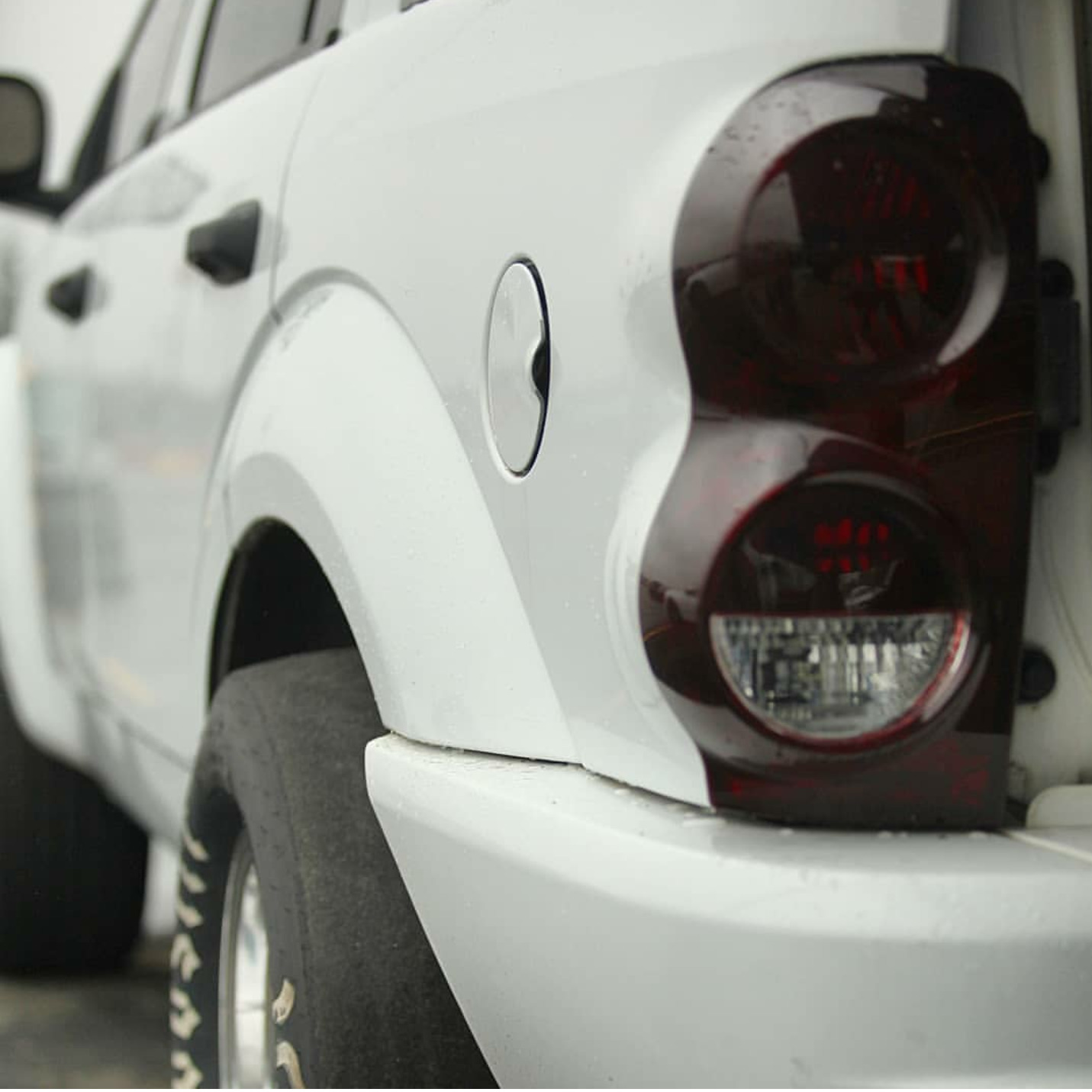 White 2006 Dodge Durango Limited