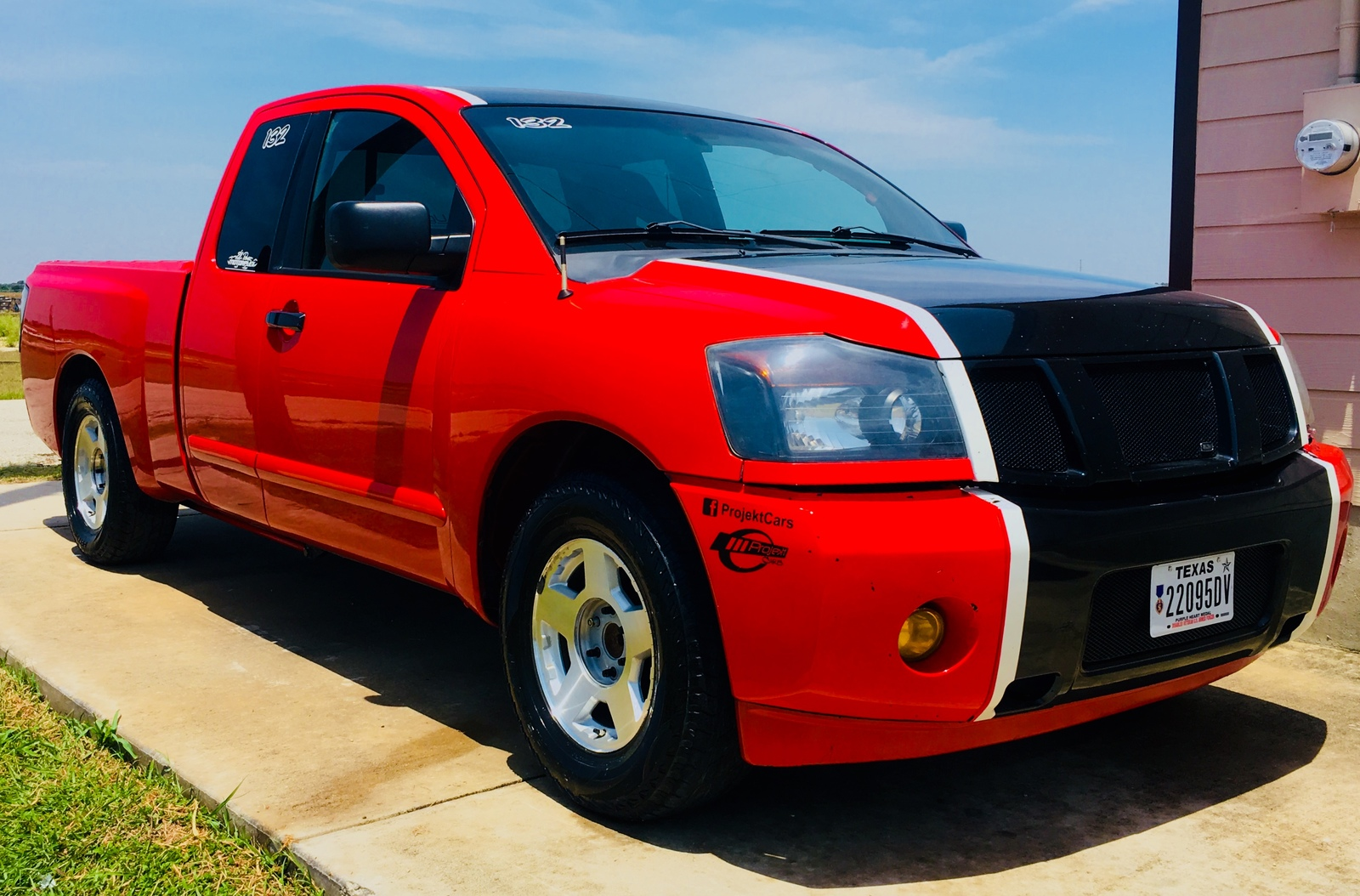 Red/Black 2007 Nissan Titan