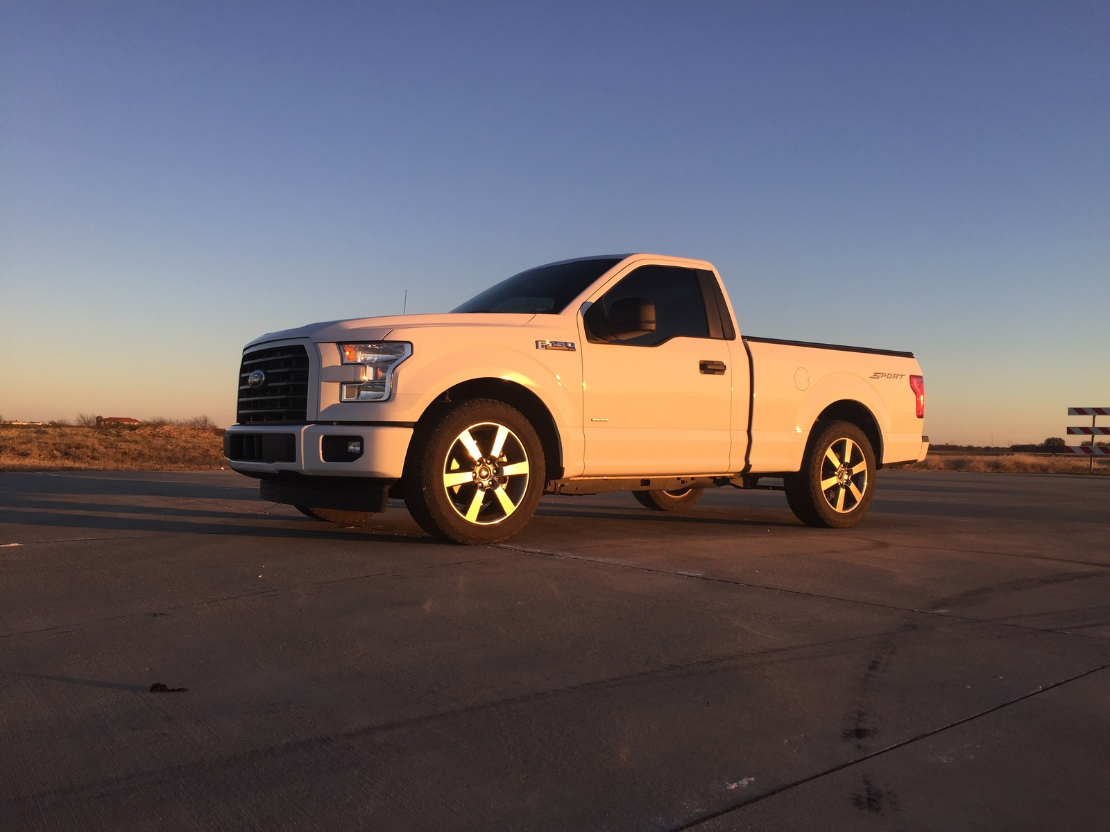 2017 Ford F150 Xl 1 4 Mile Drag Racing Timeslip Specs 0 60