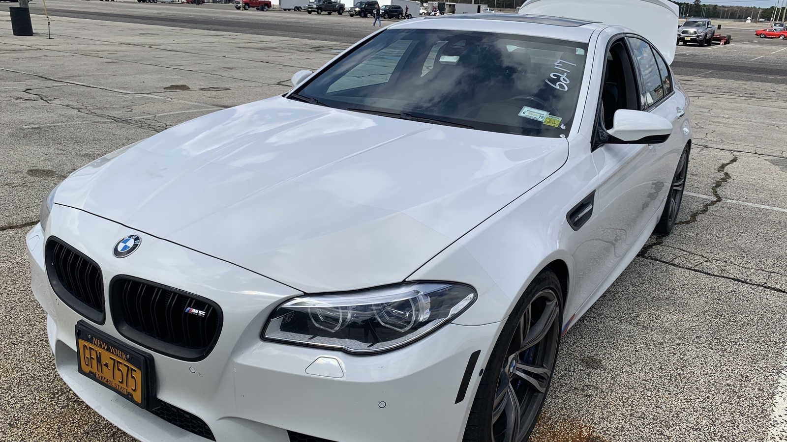 Alpine White 2014 BMW M5