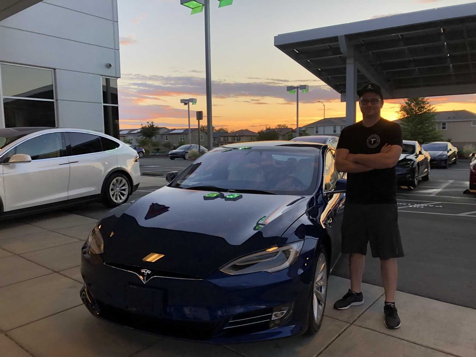 Deep Metallic Blue 2019 Tesla Model S Long Range Performance Ludicrous P100DL