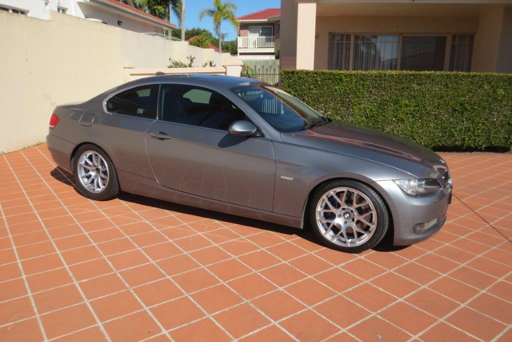 2006 BMW 335i E92 1/4 mile trap speeds 0-60 - DragTimes com