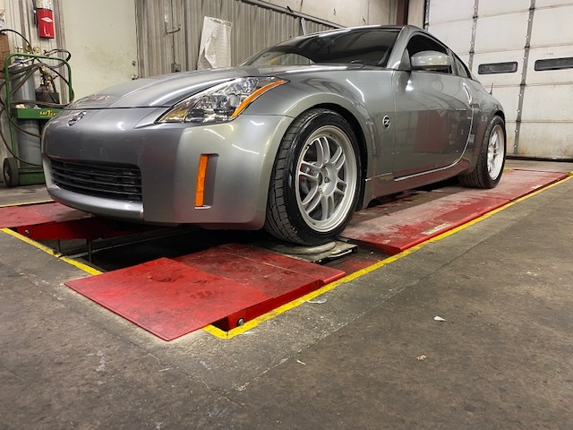 Silver 2004 Nissan 350Z Touring