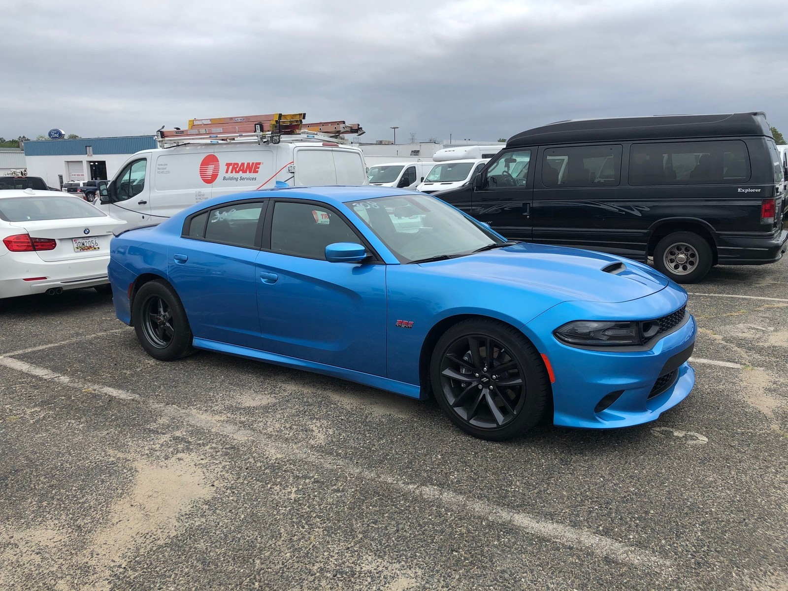 B5 Blue 2019 Dodge Charger Scat Pack