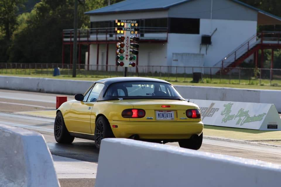 Yellow 1991 Mazda Miata MX5