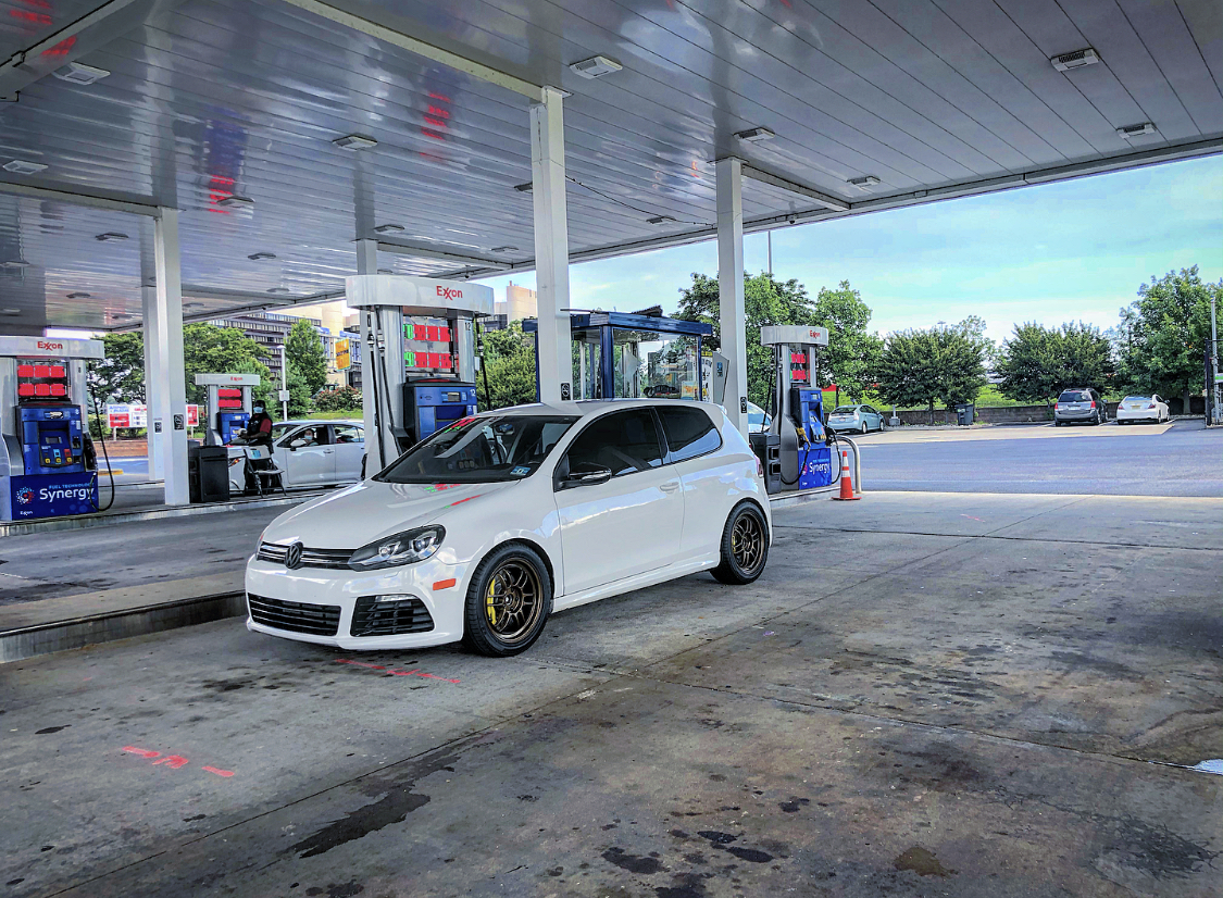 2013 White  Volkswagen Golf R Tfsi 2.0t 2dr manual 6spd picture, mods, upgrades