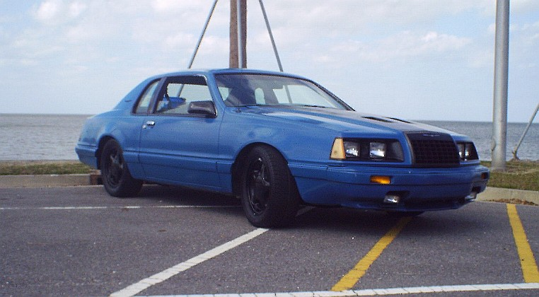 1986 Ford Thunderbird V8 Base