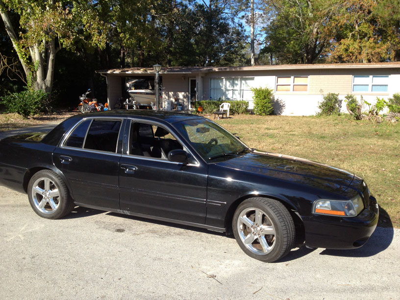 Black 2003 Mercury Marauder