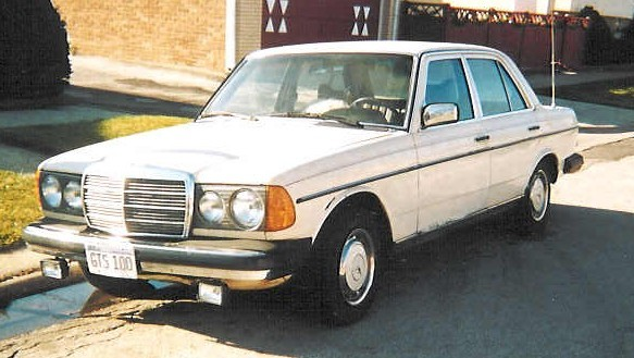 Click HERE to view any videos, mods or upgrades to this Mercedes-Benz 300SE