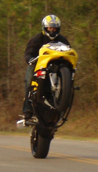 Suzuki Gsxr 750 >> 2001 Suzuki GSX-R 600 1/4 mile trap speeds 0-60 ...