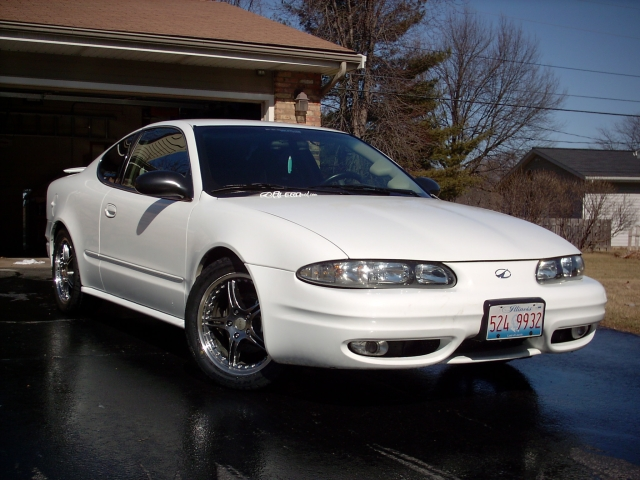 2002  Oldsmobile Alero GL2 picture, mods, upgrades