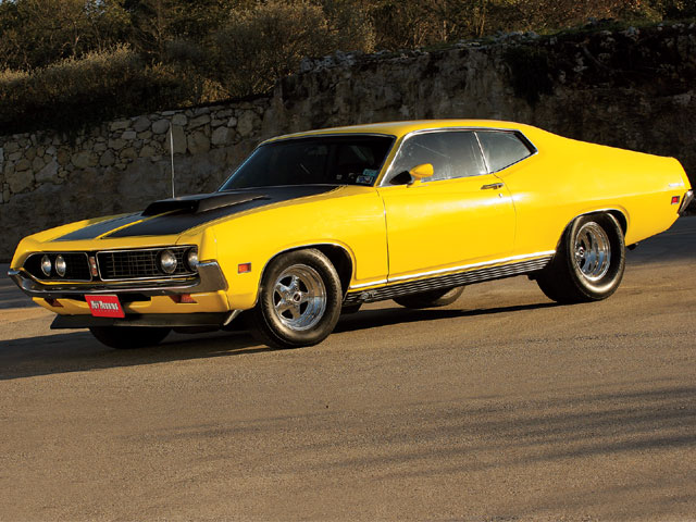 pony o muscle cars?