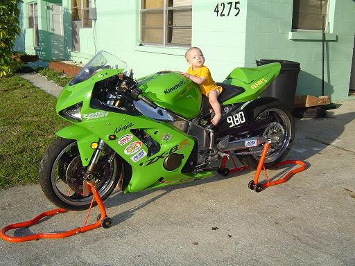 http://www.dragtimes.com/images/8176-2004-Kawasaki-Ninja.jpg