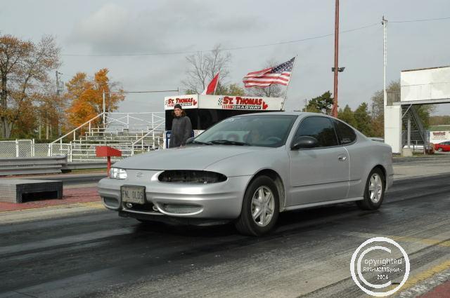 2003 oldsmobile alero gx 2 2l 1 4 mile trap speeds 0 60 dragtimes com rh dragtimes com 2004 olds alero owner's manual 2003 olds alero manual
