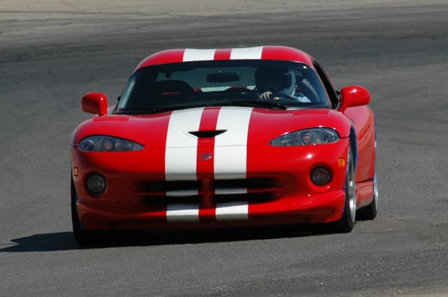 2002 Dodge Viper GTS 1/4 mile trap speeds 0-60 - DragTimes.com