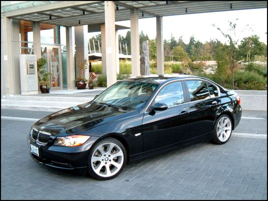 Click on picture for a larger version. 2006 BMW 330i · 330i Videos