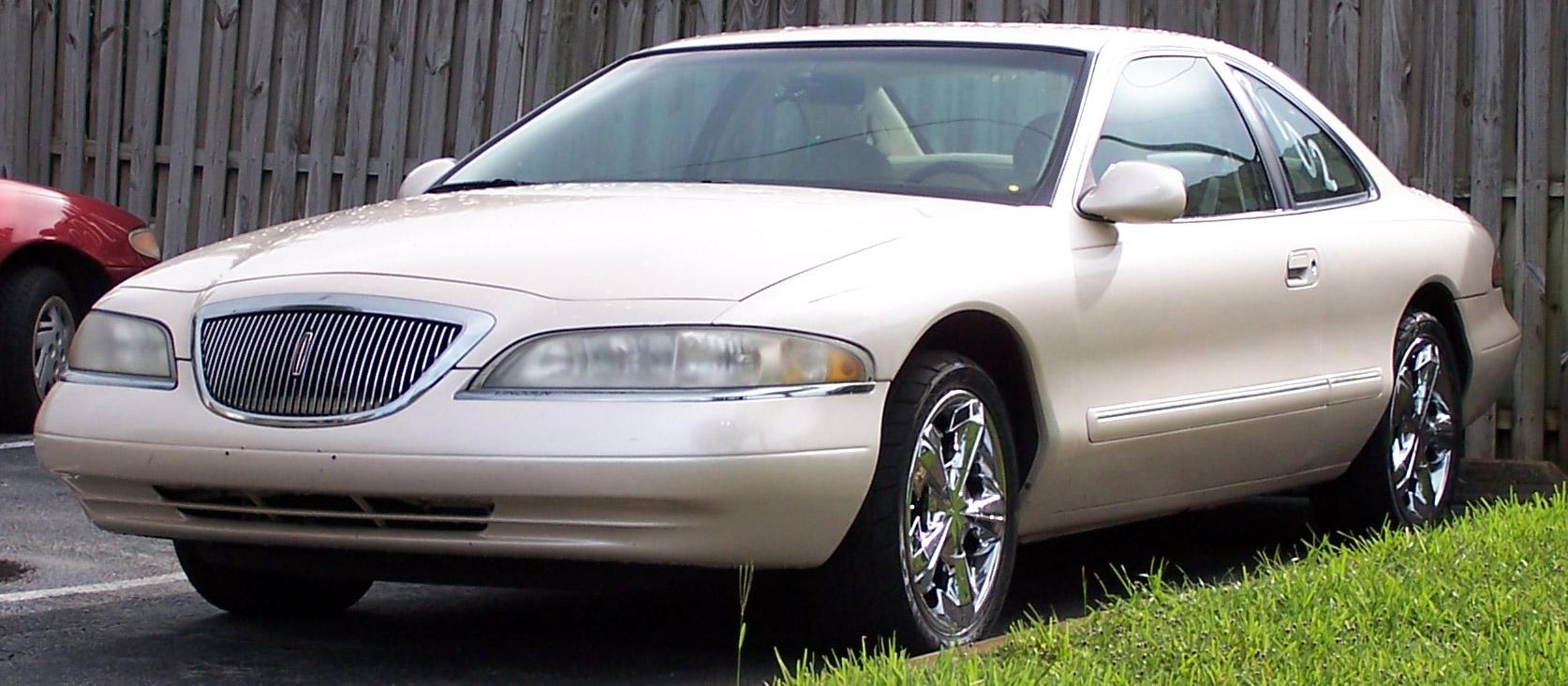 1998 Lincoln Mark VIII Base Model
