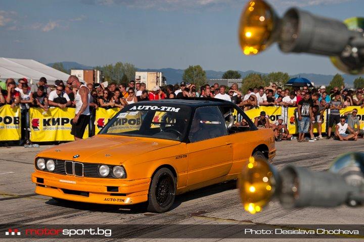 BMW 325i Timeslip Scan