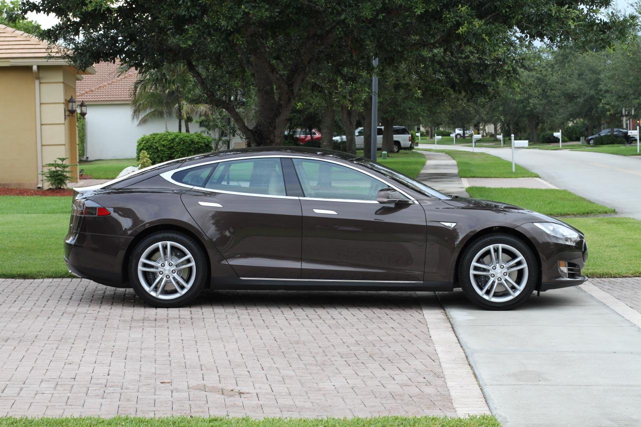 Tesla Model S 60 Kwh Vs Tesla Model S 85 Kwh Performance
