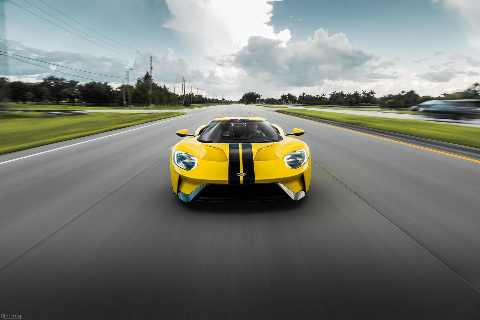 2018-Ford-GT-DragtTimes-rolling-04.jpg