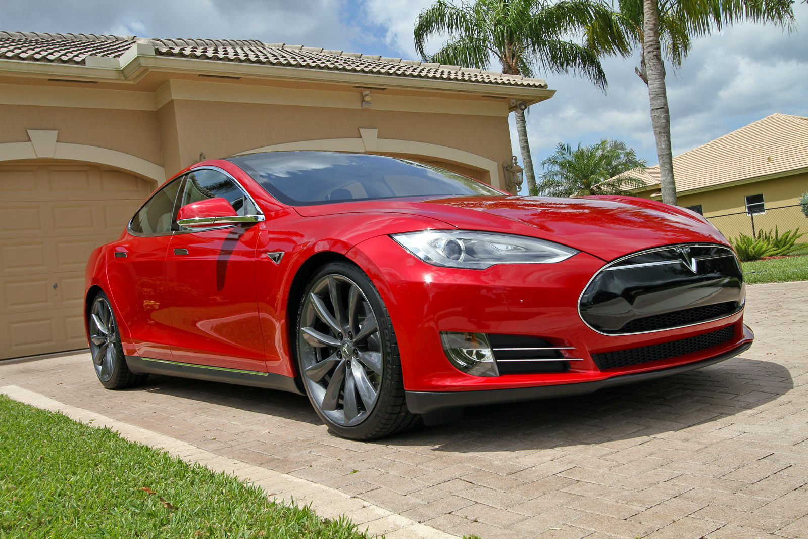 Tesla Model S Ethernet Network Explored Possible