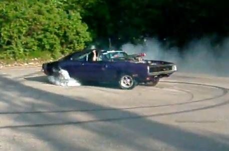 video 1970 dodge charger burnout drag racing fast cars muscle cars blog. Black Bedroom Furniture Sets. Home Design Ideas