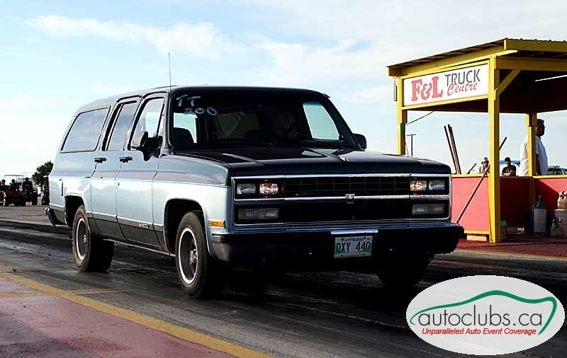 1990  Chevrolet Suburban SLE picture, mods, upgrades