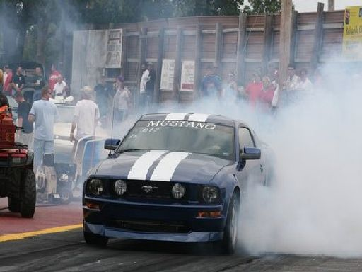 2006  Ford Mustang GT Zex Nitrous picture, mods, upgrades