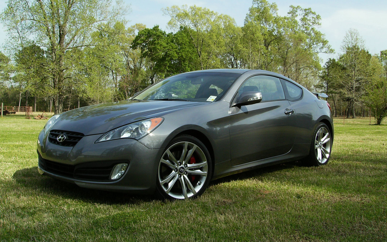 Stock 2010 Hyundai Genesis Coupe 3 8 Track 1 4 Mile Trap