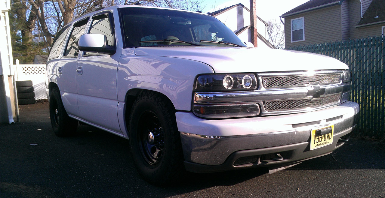 Chevrolet Tahoe on 2003 Chevy Tahoe White