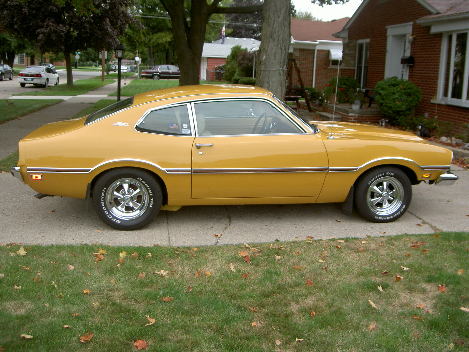 Medium Yellow Gold 1973 Ford Maverick LDO
