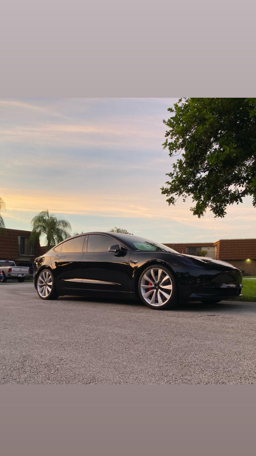 Stock 2019 Tesla Model 3 Performance 1/4 mile Drag Racing ...